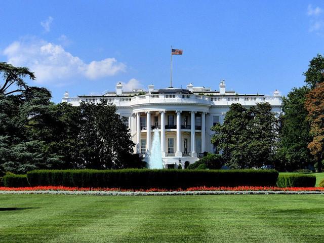 Ngồi ở vị trí áp lực bậc nhất thế giới nên các Tổng thống Mỹ được hưởng nhiều đặc quyền có 1-0-2: Lương 400.000 USD chưa phải là điều hấp dẫn nhất! - Ảnh 2.