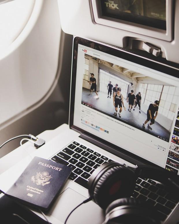 Ngoài Macbook Pro, vẫn còn loạt đồ điện tử này bị cấm mang lên máy bay, hành khách cần đặc biệt lưu ý! - Ảnh 3.