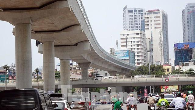 Hình hài đường sắt Nhổn - Ga Hà Nội sau 2 năm chậm tiến độ - Ảnh 7.