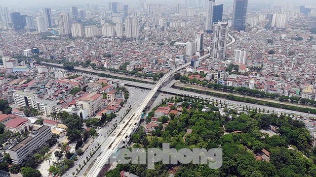 Hình hài đường sắt Nhổn - Ga Hà Nội sau 2 năm chậm tiến độ - Ảnh 9.