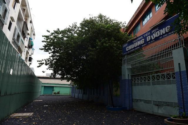 Cận cảnh chung cư nghiêng ở Sài Gòn bị đề nghị tháo dỡ khẩn cấp - Ảnh 11.