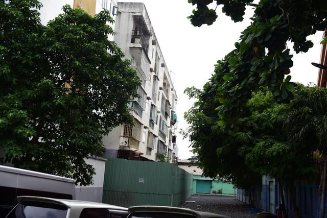 Cận cảnh chung cư nghiêng ở Sài Gòn bị đề nghị tháo dỡ khẩn cấp - Ảnh 12.