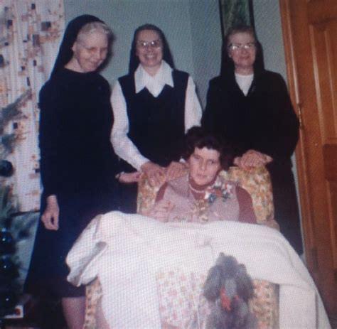 Cuộc đời của em gái cựu Tổng thống Mỹ: Từ lúc chào đời đã không bình thường, về sau rơi vào cảnh tật nguyền, bị cả gia đình phủ nhận - Ảnh 5.