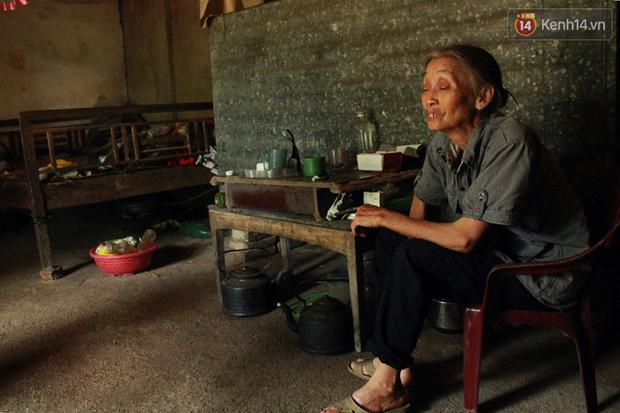 """Xót xa cụ bà đơn thân hơn 30 năm chăm sóc con trai tật nguyền: """"Ở cái tuổi 70, khi tôi chết đi không biết thằng Lâm sẽ ra sao"""" - Ảnh 5."""