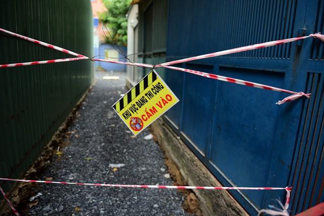 Cận cảnh chung cư nghiêng ở Sài Gòn bị đề nghị tháo dỡ khẩn cấp - Ảnh 6.