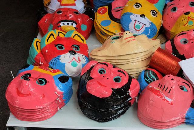 Hàng Mã rực rỡ sắc màu, đồ chơi made in Việt Nam lên ngôi Trung thu 2019 - Ảnh 8.