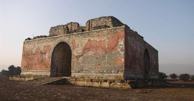 Lăng mộ Khang Hy từng xảy ra 3 sự kiện kỳ bí: Ám ảnh người chứng kiến - Ảnh 3.