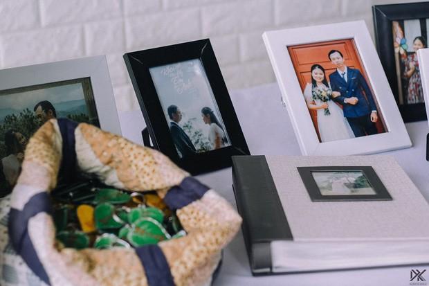 Đám cưới #livegreen dễ thương hết sức ở Lâm Đồng: Cô dâu chú rể nói không với túi nilon và chai nhựa, chuẩn bị sẵn túi vải cho khách - Ảnh 2.