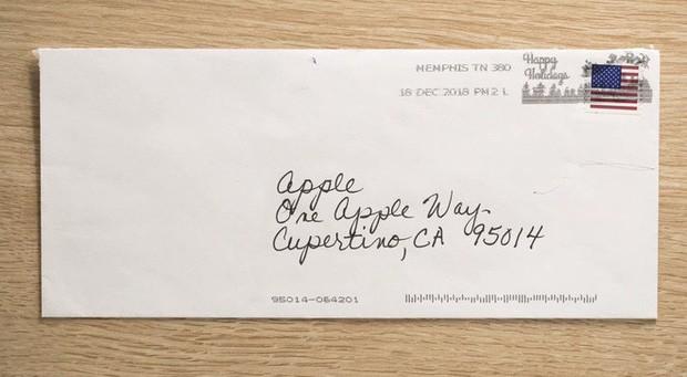 apple - photo 2 1568170108740701263544 - Chỉ bằng 1 đoạn video này, Apple đã dạy cả thế giới cách làm marketing đỉnh cao