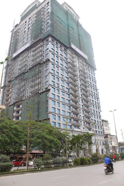 Ông lớn BĐS Hà Nội mang biệt thự, villas, căn hộ siêu sang đi cắm ngân hàng - Ảnh 2.