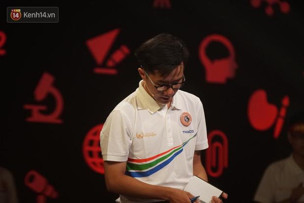 Nắm giữ đến 3 trong 4 kỷ lục Olympia 2019, Nguyễn Bá Vinh tiếc nuối khi không giành chiến thắng tại trận chung kết năm - Ảnh 2.