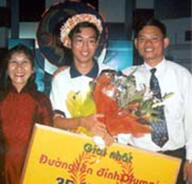 Chỉ có 3/18 nhà vô địch Đường lên đỉnh Olympia sống ở Việt Nam: Lựa chọn quay về hay ở lại mới là đúng đắn cho quán quân  - Ảnh 4.