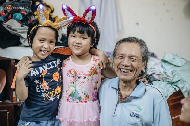 Chuyện nữ bác sĩ 53 tuổi sinh đôi 2 bé gái ở Hà Nội: Tôi có được con là tốt lắm rồi, không có chúng đời tôi còn khổ hơn nữa - Ảnh 6.