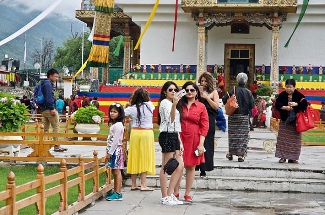 Quốc gia hạnh phúc Bhutan rơi vào thế khó vì khách du lịch Ấn Độ - Ảnh 1.