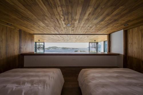 Nhà gỗ kính trác tuyệt hướng trọn ra biển Nha Trang - Ảnh 5.