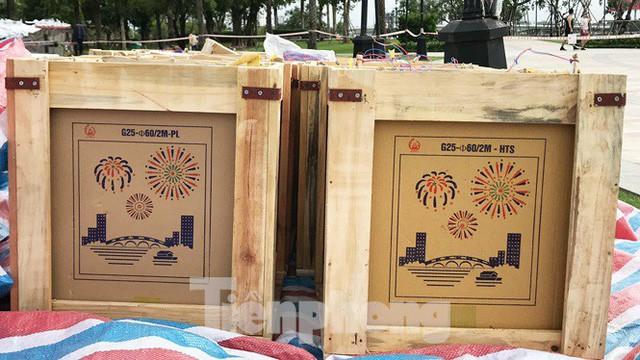 'Đột kích' trận địa pháo hoa mừng Quốc khánh trước giờ khai hỏa ở TPHCM  - Ảnh 13.