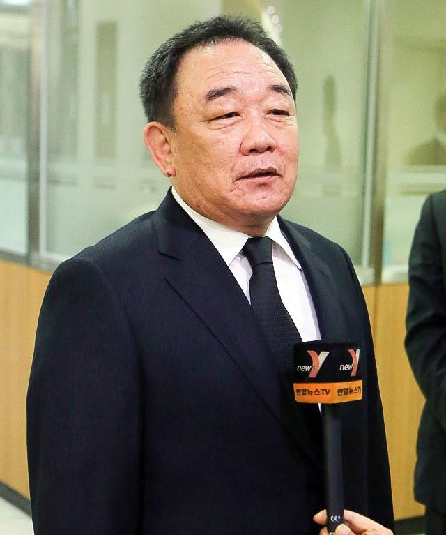 Top 10 tỉ phú giàu nhất Hàn Quốc: Thái tử Samsung đứng thứ mấy? - Ảnh 7.