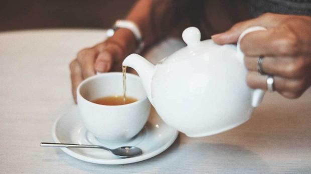 Sáng vừa ngủ dậy đừng uống những loại nước này nếu không muốn dạ dày bị tổn hại - Ảnh 4.