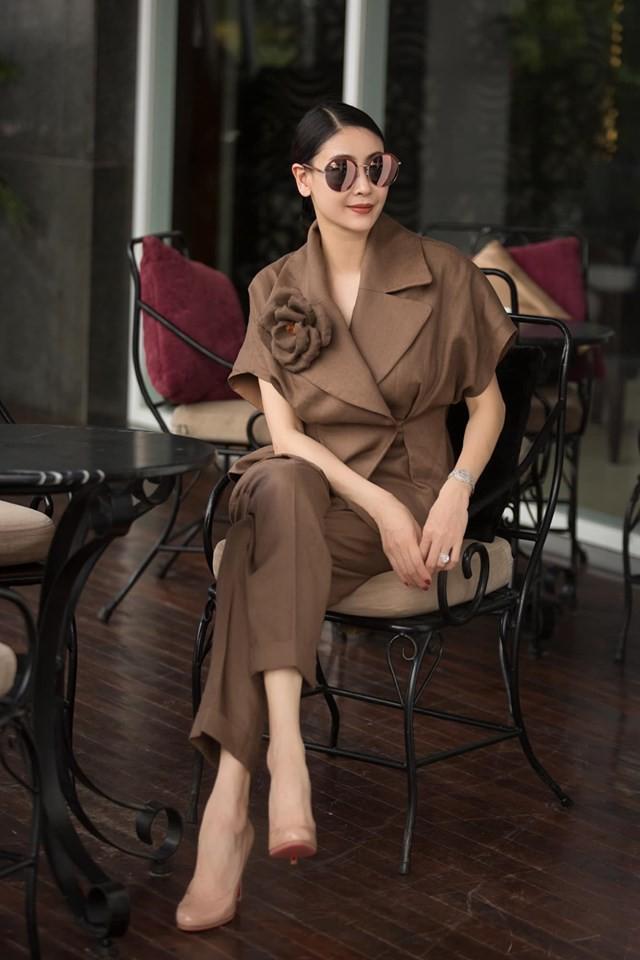 Hoa hậu có xuất thân khủng nhất Việt Nam: Cuộc đời long đong lận đận, trải qua sóng gió mới tìm thấy hạnh phúc - Ảnh 5.