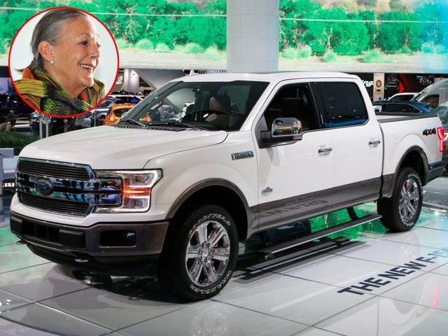 """jeff bezos - photo 6 1569114699163546806033 - Cùng """"giàu nứt vách"""" nhưng các tỷ phú lại có sở thích đi xe khác biệt: CEO Facebook sắm siêu xe giống đại gia Minh Nhựa, Jeff Bezos lại giản dị khó ngờ!"""
