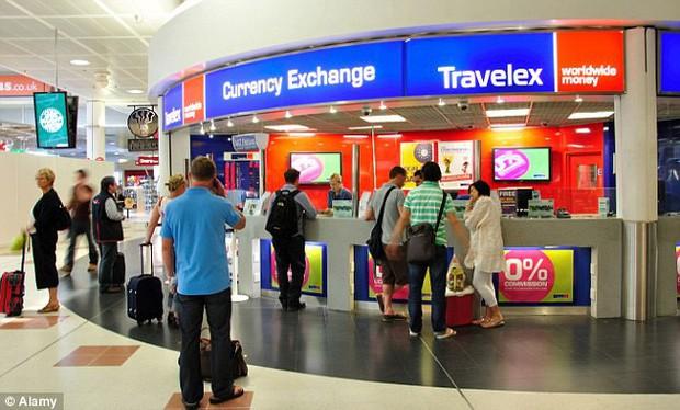 Ở sân bay có 5 thứ du khách không nên mua bán, trao đổi bằng mọi giá, cho dù trông có hấp dẫn đến mức nào - Ảnh 2.