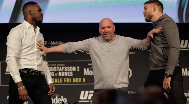 """""""Bố già"""" Dana White – Từ tay đấm vô danh đến chủ tịch UFC, tham vọng đưa """"môn thể thao đẫm máu"""" lật đổ ngôi vương của bóng đá - Ảnh 5."""