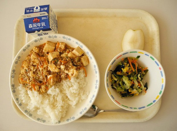 Tận mắt chứng kiến bữa trưa của học sinh Nhật Bản, càng thêm ngưỡng mộ đất nước này đối với thế hệ tương lai - Ảnh 7.