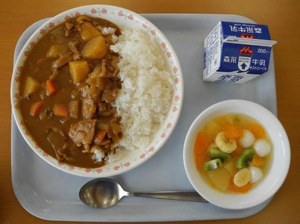 Tận mắt chứng kiến bữa trưa của học sinh Nhật Bản, càng thêm ngưỡng mộ đất nước này đối với thế hệ tương lai - Ảnh 8.