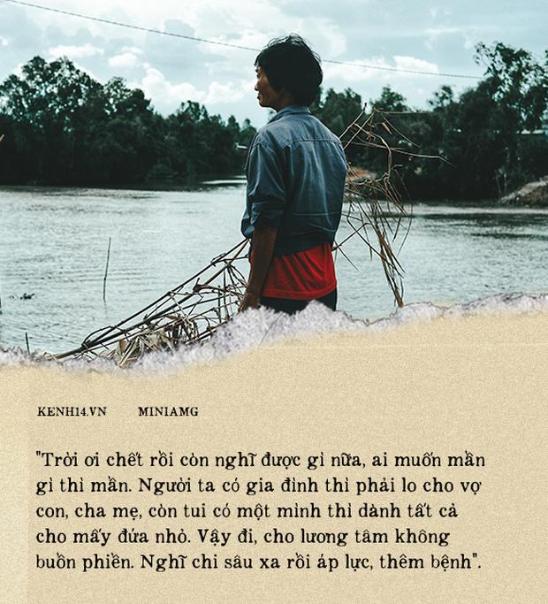 Bà Sáu Thia, người 17 năm dạy bơi miễn phí cho hàng ngàn trẻ em vùng sông nước - Ảnh 14.