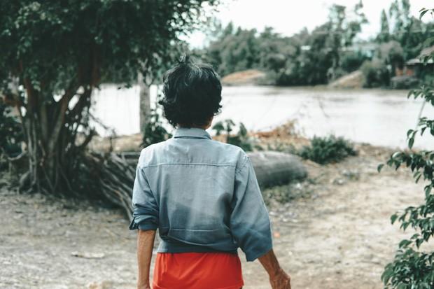 Bà Sáu Thia, người 17 năm dạy bơi miễn phí cho hàng ngàn trẻ em vùng sông nước - Ảnh 16.