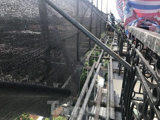 Tiếp tục phá dỡ, cắt gọt diện tích sai phạm cao ốc vượt tầng cạnh Hồ Gươm - Ảnh 3.