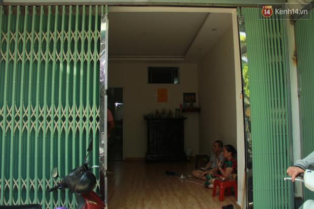 """Chàng trai Hà Nội tỉnh dậy sau """"giấc ngủ"""" 3 năm: """"Em muốn có bạn bè, muốn được đi học lại... - Ảnh 2."""