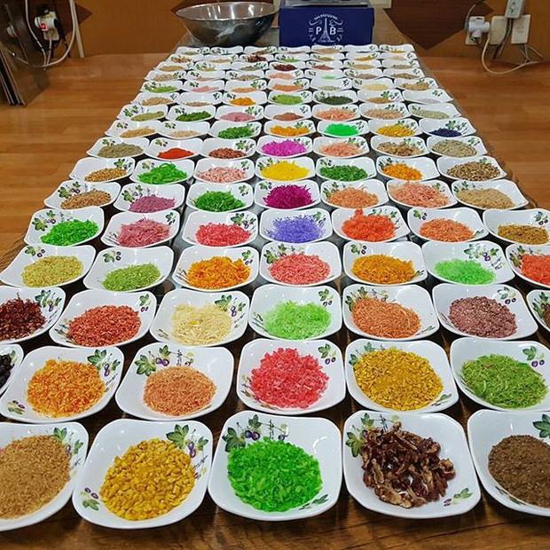 Người Hàn cầu kì thứ hai thì không ai dám nhất: Nướng một miếng thịt, bày 300 đĩa panchan ăn kèm - Ảnh 4.