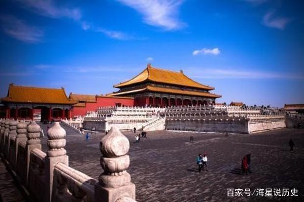 Cung điện Trung Hoa xưa thường dựng tượng quái thú trên mái nhà, ý nghĩa là gì? - Ảnh 1.