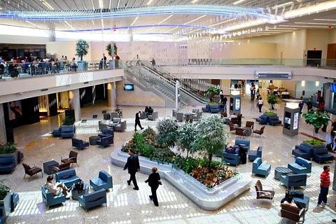 Bên trong sân bay Mỹ cạnh tranh trực tiếp với siêu sân bay mới của Trung Quốc - Ảnh 8.