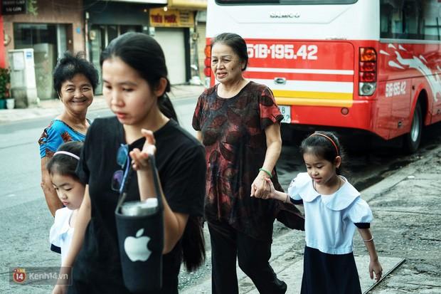 5 siêu nhân nhí trong ca sinh năm đầu tiên ở Việt Nam lém lỉnh ngày khai giảng: Xin chào lớp 1! - Ảnh 12.