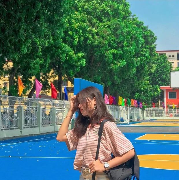 Đang yên đang lành đi sơn mỗi toà một màu sắc, đủ cả xanh đỏ tím vàng: ĐH Hà Nội muốn trở thành trường màu mè hoa lá nhất Việt Nam? - Ảnh 12.