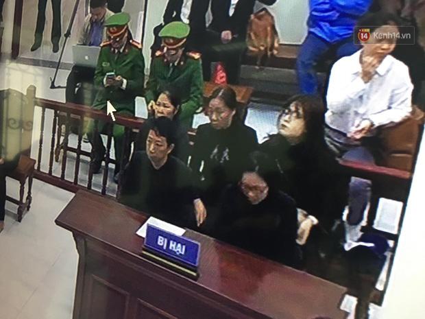 Bị tuyên 24 tháng tù, bà Nguyễn Bích Quy cho rằng mức án quá cao, bản thân không làm gì hổ thẹn lương tâm - Ảnh 3.