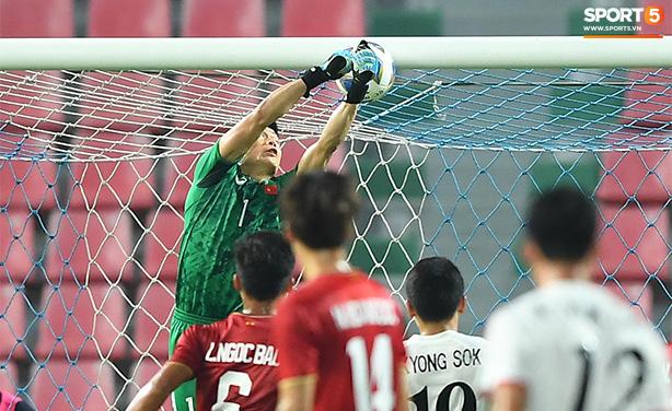 Việt Nam bị loại từ vòng bảng giải U23 châu Á sau thất bại 1-2 trước CHDCND Triều Tiên - Ảnh 2.