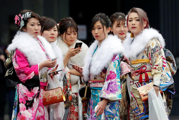 Phụ nữ Nhật Bản đau đáu lo sợ nghèo khó khi về hưu - Ảnh 1.
