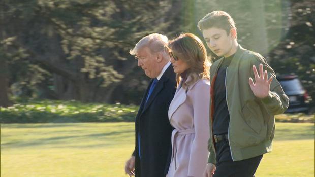 Quý tử nhà Trump lại gây xôn xao dư luận với vẻ đẹp hoàn hảo, tỏa sáng trong lần xuất hiện mới nhất - Ảnh 2.