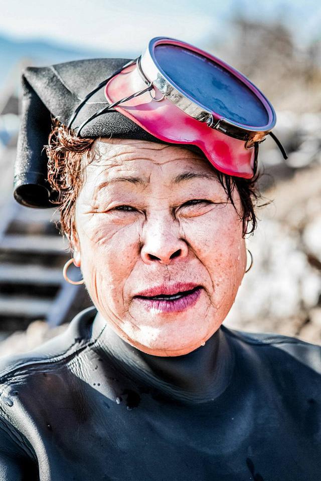 Câu chuyện cực ngầu về những nàng tiên cá 70 tuổi cuối cùng trên đảo Jeju - Ảnh 5.