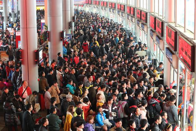Tại sao hàng triệu bạn trẻ Trung Quốc không muốn về quê ăn Tết? - Ảnh 1.