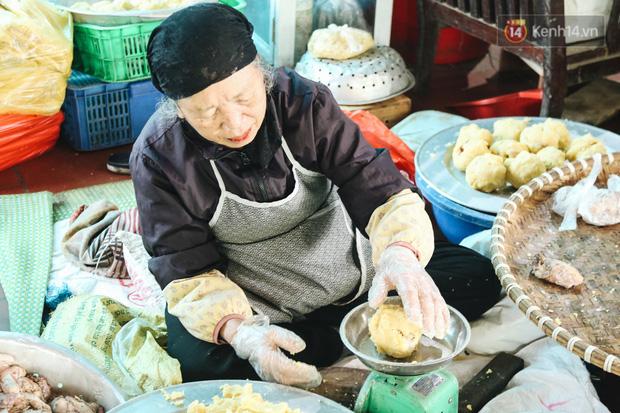 """Ảnh: Về làng bánh chưng trứ danh Tranh Khúc giữa thời điểm giá thịt lợn tăng """"phi mã"""" - Ảnh 5."""