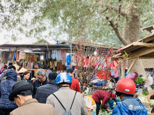Chợ Nủa – phiên chợ đặc biệt ngày cuối năm ở Hà Nội chỉ dành cho đàn ông - Ảnh 2.