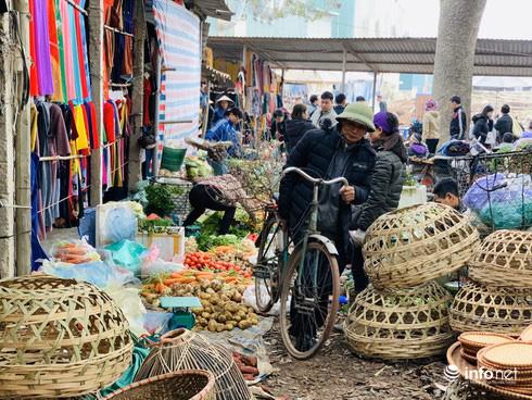 Chợ Nủa – phiên chợ đặc biệt ngày cuối năm ở Hà Nội chỉ dành cho đàn ông - Ảnh 18.