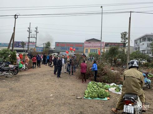 Chợ Nủa – phiên chợ đặc biệt ngày cuối năm ở Hà Nội chỉ dành cho đàn ông - Ảnh 22.