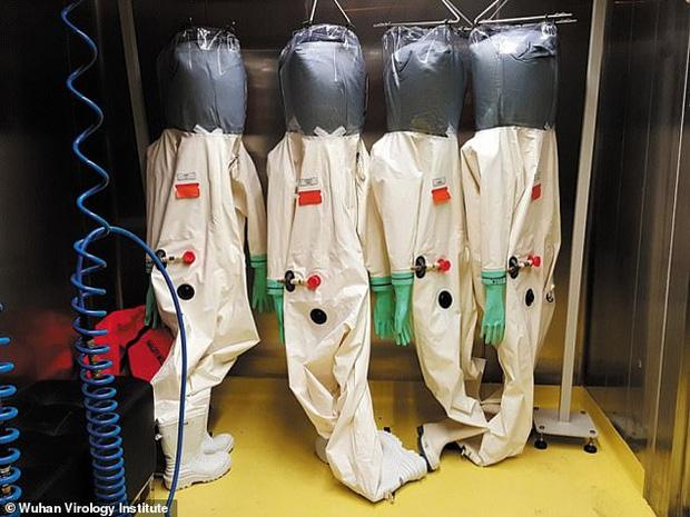 Virus Vũ Hán bị nghi là sản phẩm của phòng thí nghiệm, có liên quan đến chương trình chiến tranh sinh học của Trung Quốc - Ảnh 2.