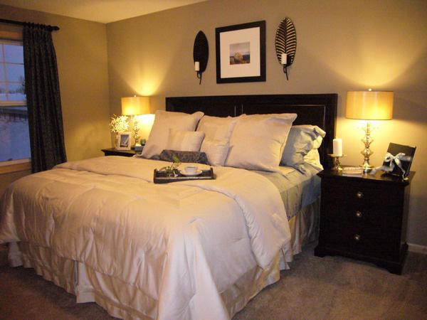 12 lưu ý về phong thủy phòng ngủ để bạn có một năm Canh Tý 2020 viên mãn: Điều số 4 tối kỵ - Ảnh 3.