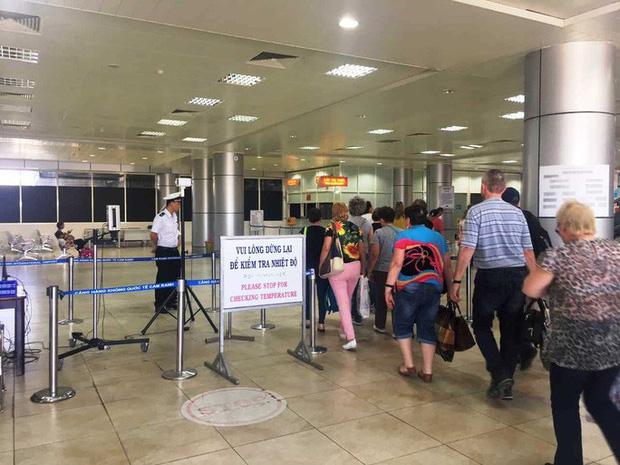 Khánh Hòa: Ngừng đón khách Trung Quốc vì virus corona Vũ Hán - Ảnh 1.
